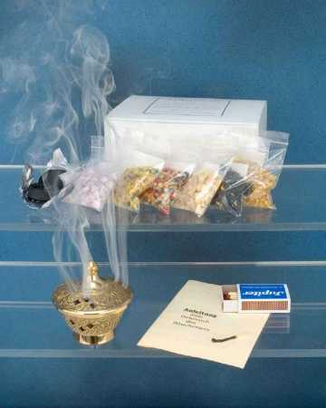 Incense set in practical gift box